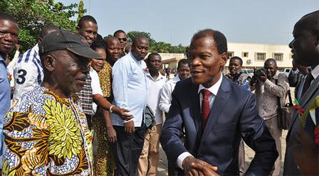 Candide Azannaï : « La bataille maintenant, c'est empêcher  Yayi à acheter ce qu'il n'a pas eu dans les urnes »